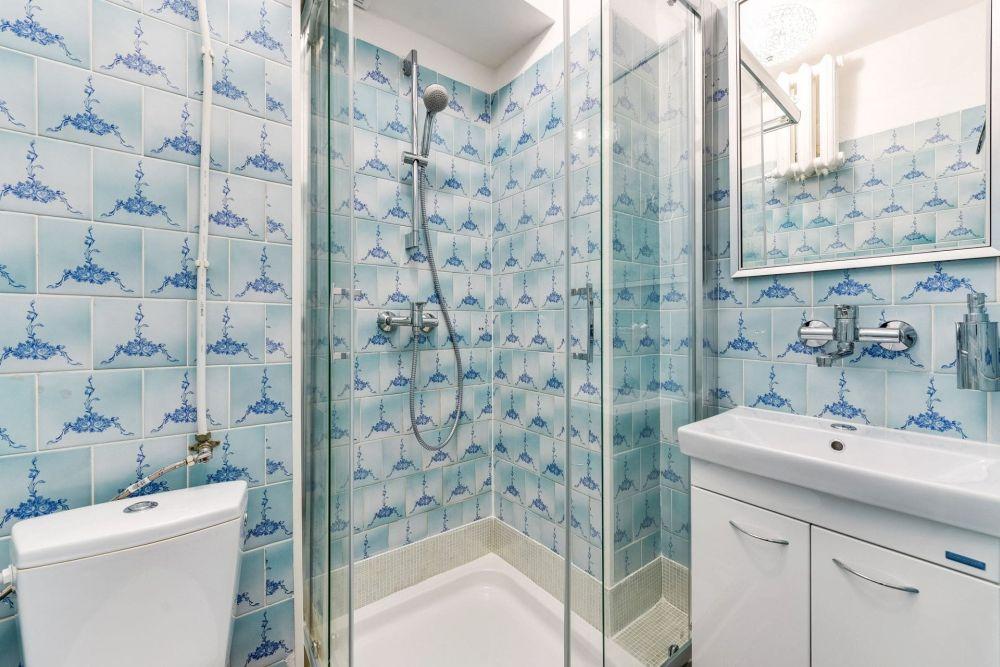 Pokój dwuosobowy z prysznicem łoże małżeńskie