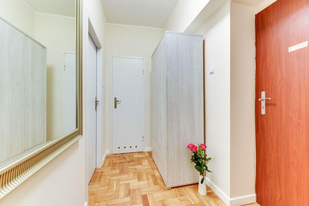 Pokój pięcioosobowy z prysznicem